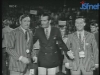"""Camillo Felgen présente """"Jeux sans frontières"""" 1968 à Siegen, entouré de Gennaro Olivieri et Guido Pancaldi"""