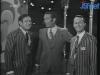 """Camillo Felgen présente """"Jeux sans frontières"""" 1969 à Wolfsburg, entouré de Gennaro Olivieri et Guido Pancaldi"""