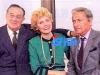 """En 1987, Guy Lux présente """"Intervilles"""" sur TF1 avec Léon Zitrone et Simone Garnier."""