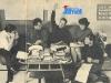 """L'équipe française de """"Jeux sans frontières"""" : Claude Savarit, Jean-Louis Marest, Guy Lux, Janine Salomon et Claude Robrini."""