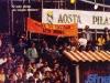 """Les supporters d'Aoste, en finale des """"Jeux sans frontières"""" 1988 à Bellagio (Italie)"""