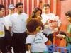 L'équipe portugaise de Vila Real et sa mascotte (Jeux sans frontières 1994 à Batalha, Portugal)