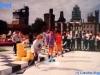 Démonstration de l'un des jeux de la finale de Jeux sans frontières 1994 à Cardiff (Pays de Galles)