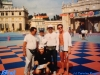 Arbitres sur le plateau de Jeux sans frontières 1996 à Stupinigi (Italie)