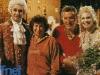 En 1993, à la Villa Manin de Passariano (Italie), Ettore Andenna et Maria Teresa Ruta entourent Graziella Reali et Luciano Gigante, les producteurs RAI de Jeux sans frontières